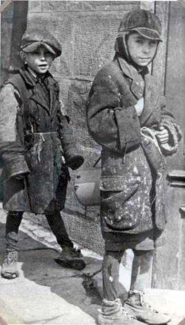 children at the ghetto drohobycz